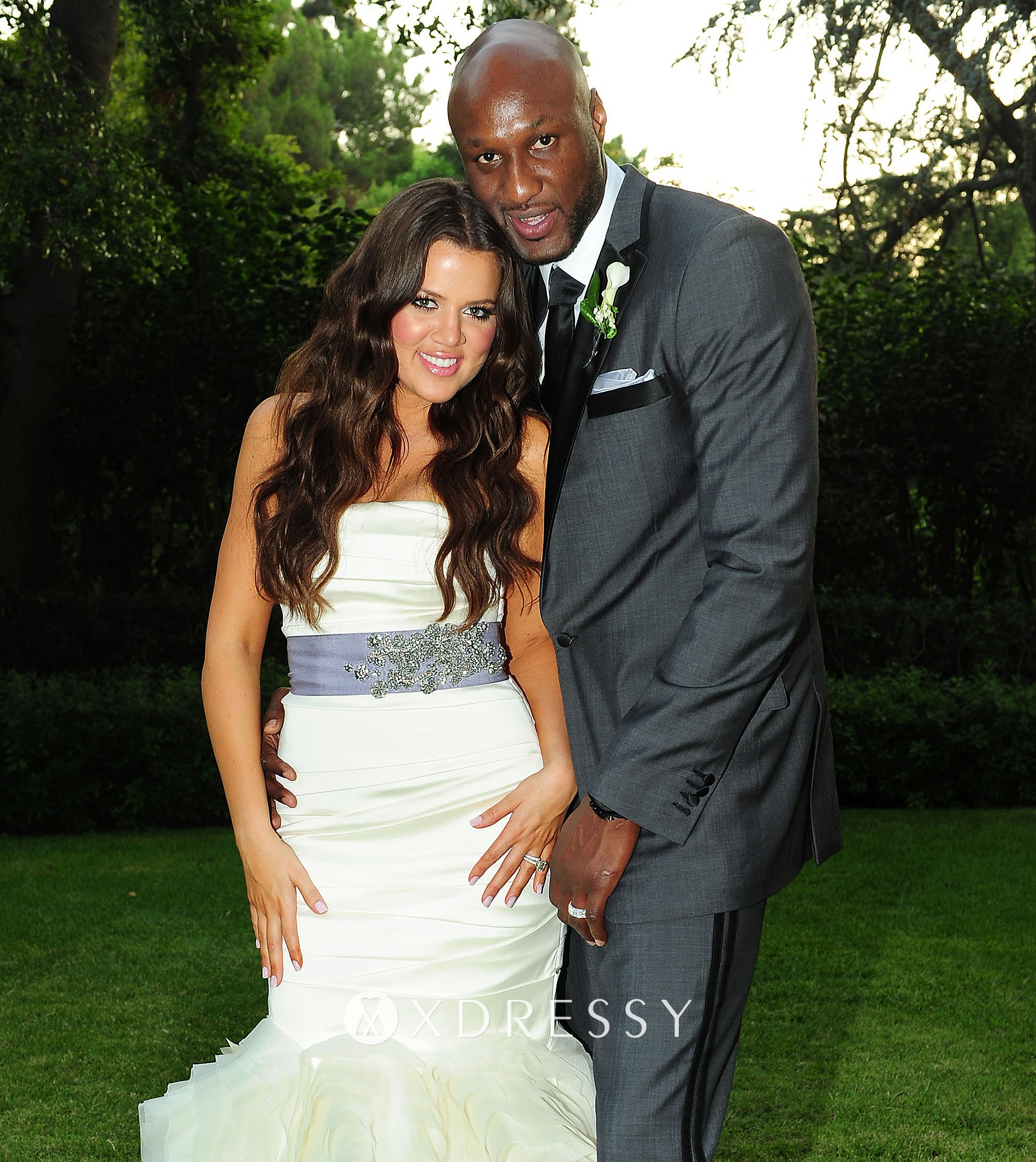 Khloe Kardashian Wedding Gown: Khloe Kardashian Ivory Flanged Mermaid Bridal Gown